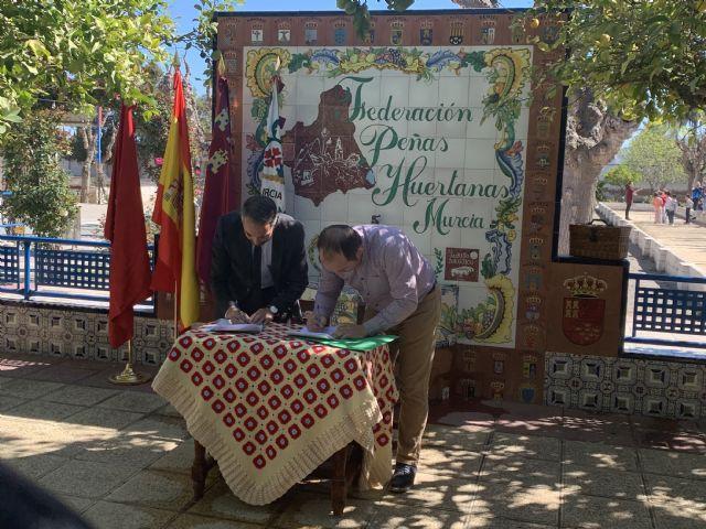 La Concejalía de Patrimonio y la Federación de Peñas Huertanas firman un convenio de actualización y regularización de cesión de uso de los terrenos ubicados en la Fica - 1, Foto 1