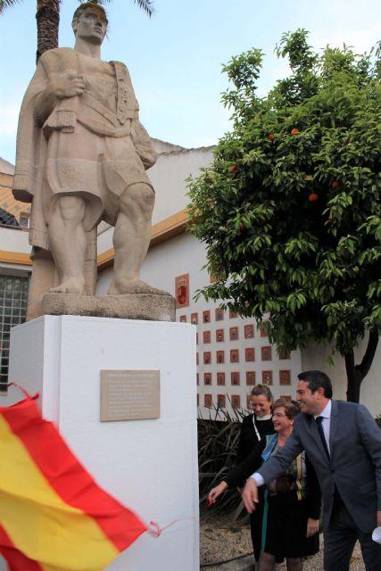 Continúan las actividades conmemorativas del 50 Aniversario del Museo de la Huerta de Alcantarilla, con una Velada Trovera y el descubrimiento de una placa en la escultura de El Huertano - 1, Foto 1
