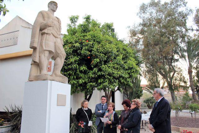 Continúan las actividades conmemorativas del 50 Aniversario del Museo de la Huerta de Alcantarilla, con una Velada Trovera y el descubrimiento de una placa en la escultura de El Huertano - 2, Foto 2