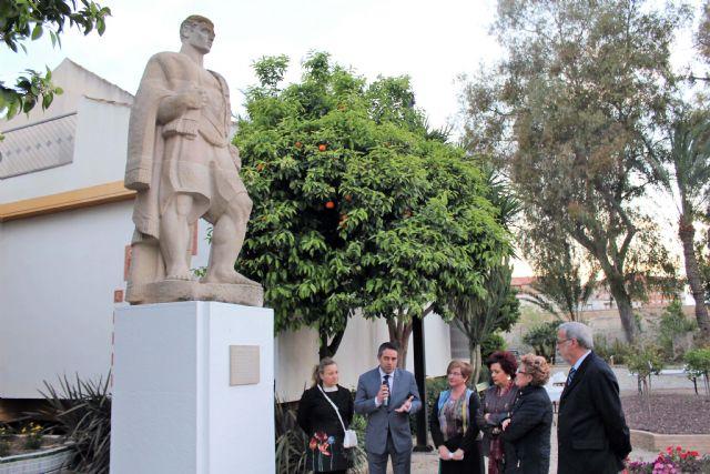 Continúan las actividades conmemorativas del 50 Aniversario del Museo de la Huerta de Alcantarilla, con una Velada Trovera y el descubrimiento de una placa en la escultura de El Huertano - 3, Foto 3