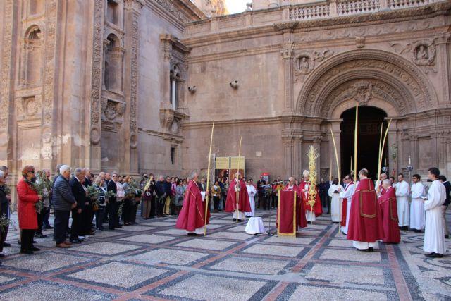 """Mons. Lorca invita a ser """"verdaderos testigos"""" en esta Semana Santa - 1, Foto 1"""