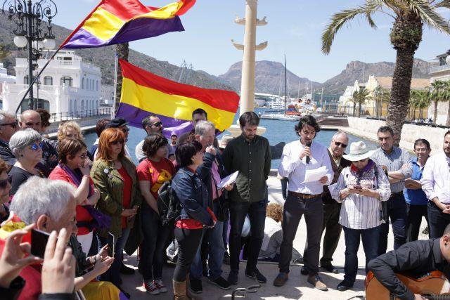 Javier Sánchez propone modificar la Ley de Amnistía para juzgar los crímenes de lesa humanidad del franquismo, declarar nulas las sentencias políticas y realizar una auditoria de los bienes expoliados por el régimen, Foto 2