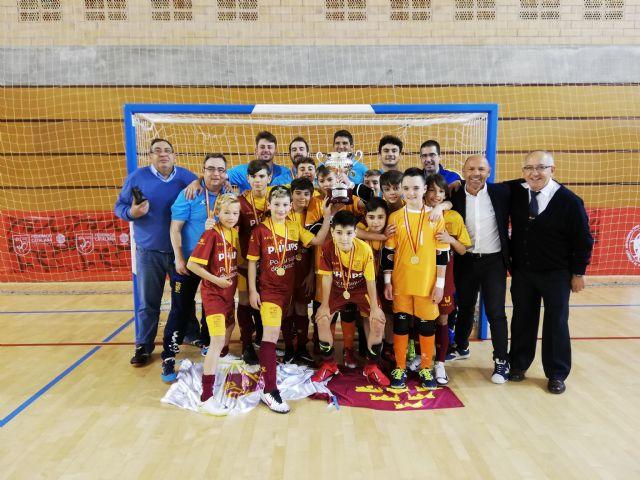 Dos títulos nacionales, un campeonato de España para el fútbol sala alevín y un subcampeonato para el fútbol juvenil, han recaído este fin de semana para las bases de la Región de Murcia., Foto 3
