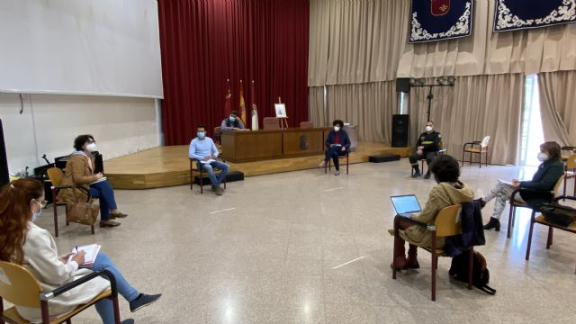 Ayuntamiento y Consejería de Salud trabajan en la intervención sociocomunitaria con diferentes colectivos para frenar la expansión de la COVID-19 en Puerto Lumbreras - 1, Foto 1