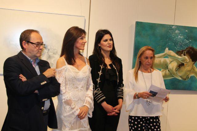 Perla Fuertes inaugura su exposición ´Caja de agua II´ en el Real Casino de Murcia, Foto 2