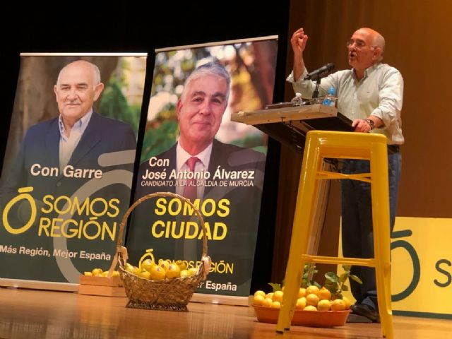 """J. A. Álvarez: """"Exigiremos la apertura de los centros de salud por las tardes, con urgencias pediátricas, en todos los barrios y pedanías"""" - 2, Foto 2"""