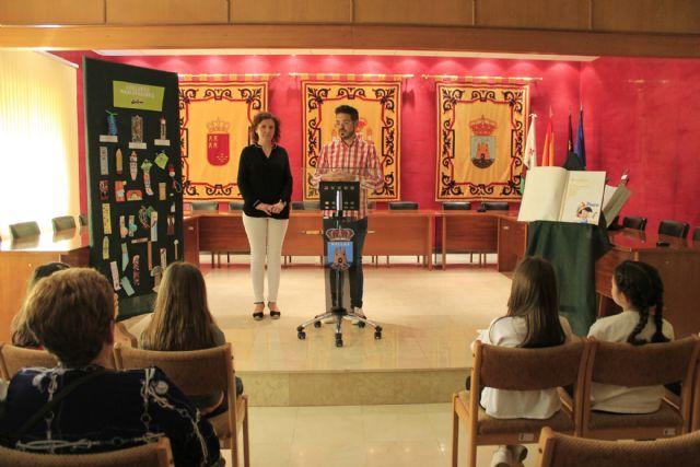 La Concejalía de Cultura y Educación entrega los premios de los concursos convocados por el Día del Libro - 1, Foto 1