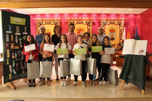 La Concejalía de Cultura y Educación entrega los premios de los concursos convocados por el Día del Libro - 2, Foto 2