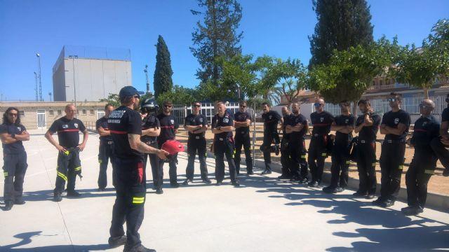 Los bomberos murcianos se forman en salvamento acuático en Las Torres de Cotillas - 3, Foto 3