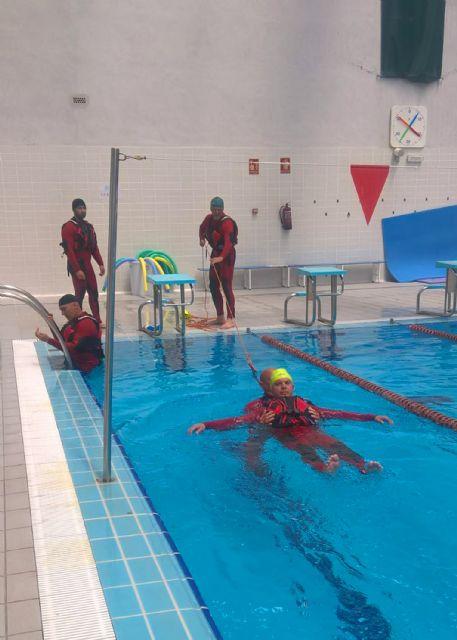 Los bomberos murcianos se forman en salvamento acuático en Las Torres de Cotillas - 4, Foto 4
