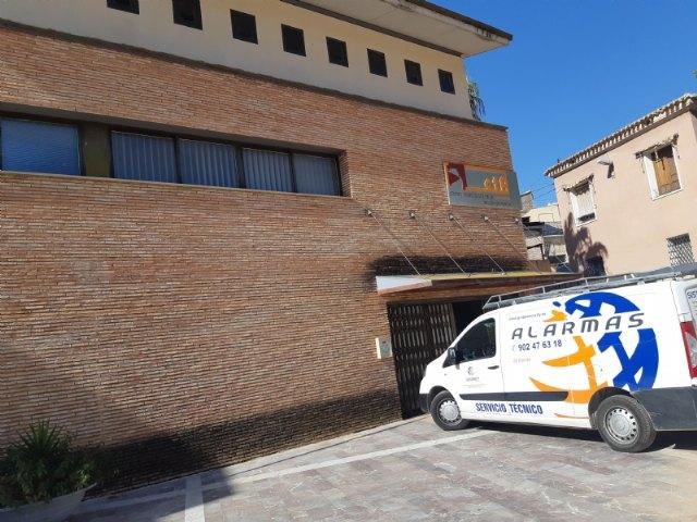 [Renuevan los sistemas de seguridad con nuevos dispositivos de alarma en 45 edificios públicos de propiedad municipal