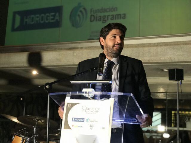 Fernando López Miras asiste al acto organizado con motivo del 20 aniversario del Círculo de Economía de la Región - 2, Foto 2