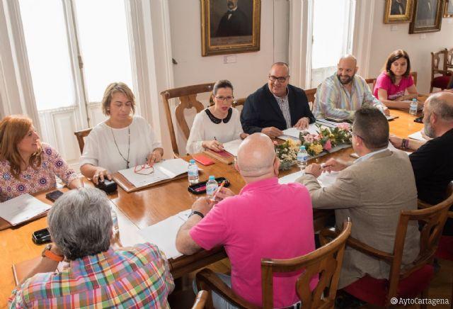 El Ayuntamiento pagará el seguro de las viviendas que alquilen familias con renta media o baja - 1, Foto 1