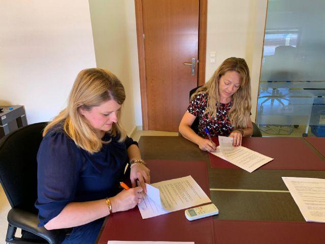 Ayuntamiento y ACOMA firman un convenio para promocionar el comercio local, Foto 1