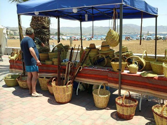Vuelve el mercado artesano a puerto de Mazarrón - 1, Foto 1