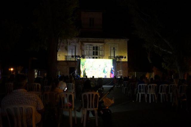 Gran acogida de ´Veranos de barrio´ en la Cañadica con cine, musicales, títeres y mucha magia, Foto 3