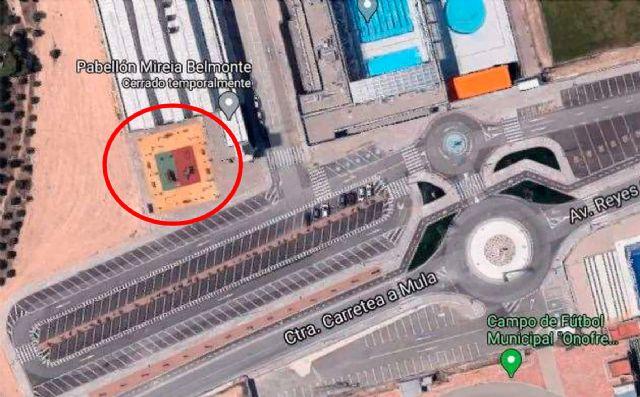 El parque infantil de Las Tres Brujas contará con una zona de sombra y nuevo suelo - 2, Foto 2