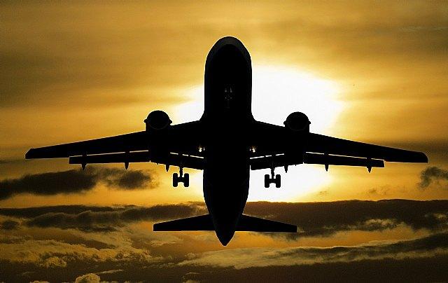 [El letrado totanero Adrián López consigue una sentencia favorable frente a una compañía aérea por un vuelo cancelado por la COVID-19