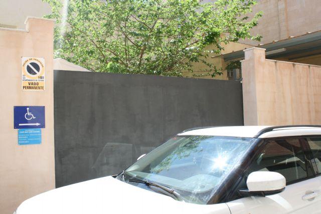 La Policía Local continúa la campaña de vigilancia de los estacionamientos indebidos, Foto 1