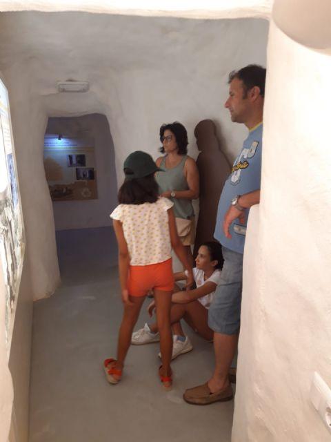 Las visitas guiadas a las Casas Cueva, una alternativa de ocio que atrae a numerosos visitantes cada fin de semana - 3, Foto 3