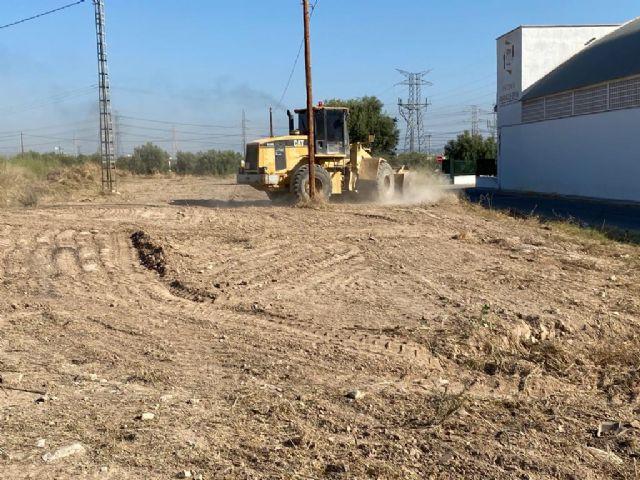 El Ayuntamiento finaliza las labores de limpieza y mantenimiento en 14 solares de Murcia y pedanías - 2, Foto 2
