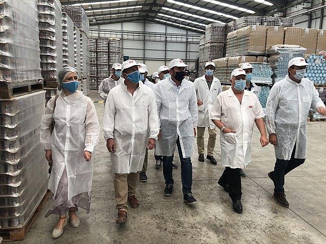 El alcalde de Mula conoce el proyecto de expansión de la factoría Hida Alimentación en El Arreaque - 1, Foto 1