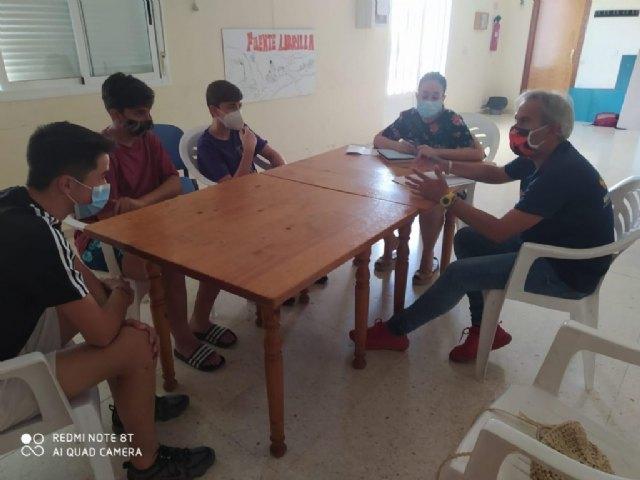 La concejal conoce las propuestas de la nueva asociación juvenil en Fuente Librilla, 'Naturaleza Viviente' - 1, Foto 1