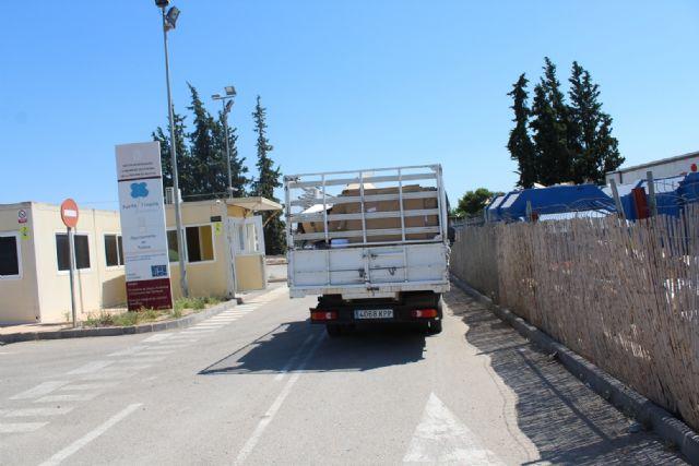 Se insta a los ciudadanos a utilizar el ecoparque municipal antes de hacer un mal uso de los contenedores distribuidos por el casco urbano y su extrarradio - 5, Foto 5