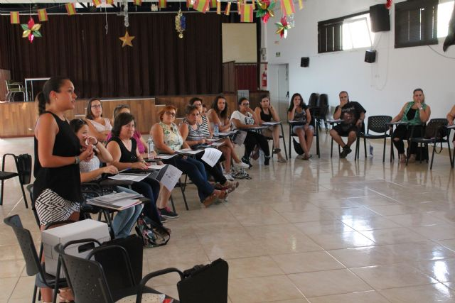 Comienza el curso de lengua de signos en benizar - 1, Foto 1