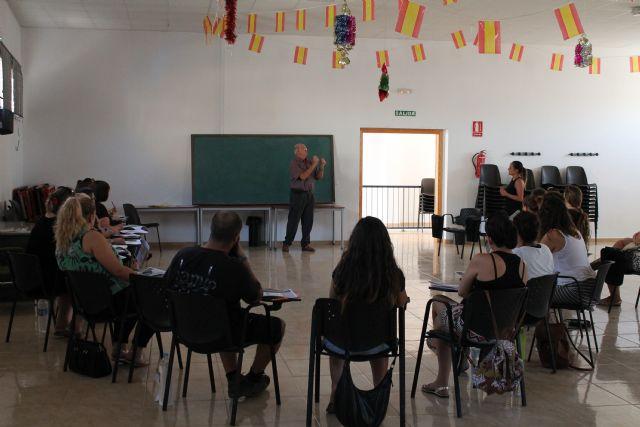 Comienza el curso de lengua de signos en benizar - 2, Foto 2