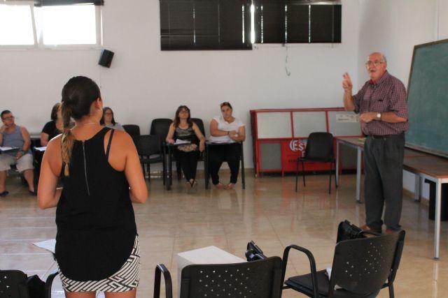 Comienza el curso de lengua de signos en benizar - 3, Foto 3