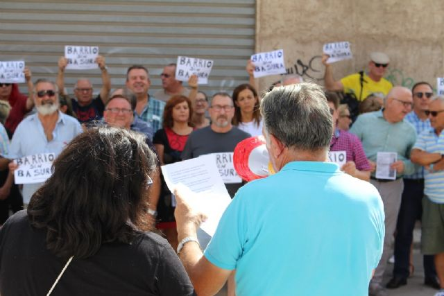 Ciudadanos comparte con los vecinos de San Antón su plan de choque contra los solares abandonados en todo el municipio - 3, Foto 3
