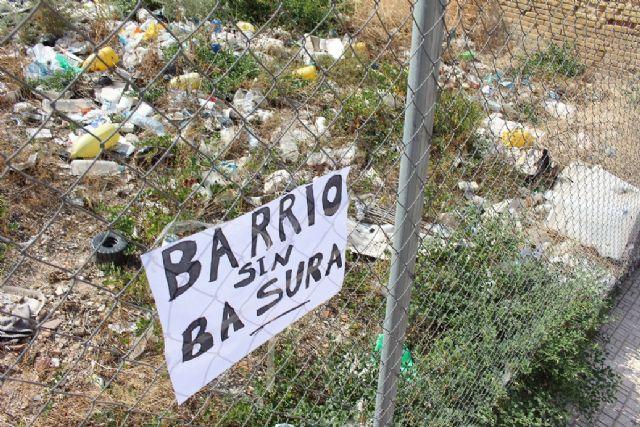 Ciudadanos comparte con los vecinos de San Antón su plan de choque contra los solares abandonados en todo el municipio - 4, Foto 4