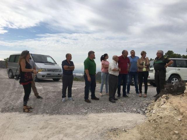 Medio Ambiente invierte 38.000 euros para mejorar el firme y los sistemas de drenaje de un camino rural en la Sierra de la Pila, Foto 1