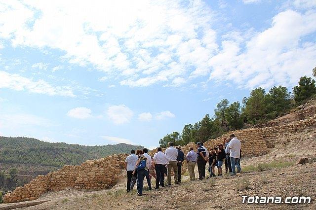 Ciudadanos reitera su apoyo a la preservación y puesta en valor de nuestro patrimonio durante su visita al yacimiento argárico de La Bastida en Totana, Foto 3
