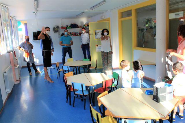 La alcaldesa de Archena inaugura el curso escolar con total normalidad y con extremas medidas de seguridad frente a la Covid-19 - 2, Foto 2