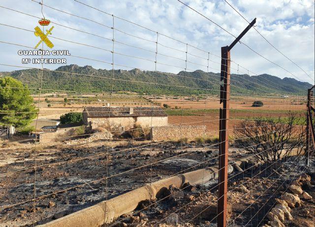 La Guardia Civil investiga al presunto autor del incendio de cerca de cuatro hectáreas de terreno forestal - 1, Foto 1