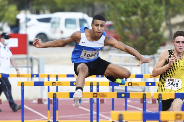 Fin de semana de record para los atletas Sub18 del Club Atletismo Alhama - 1, Foto 1