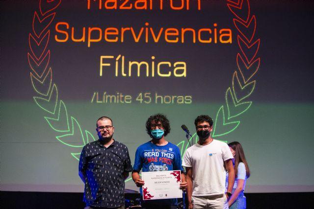 Twin Freaks gana la IV edición del Festival Supervivencia Fílmica con el cortometraje alcanzar el vórtice, Foto 2