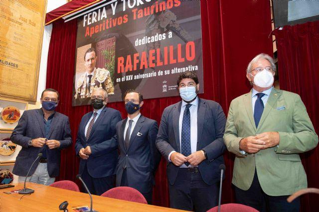 [López Miras participa en el homenaje a Rafaelillo por el 25 aniversario de su alternativa, Foto 1