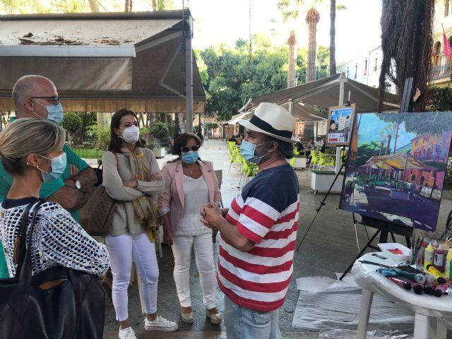 Javier Lorente llena de color la Glorieta con la iniciativa Un pintor en la calle - 1, Foto 1