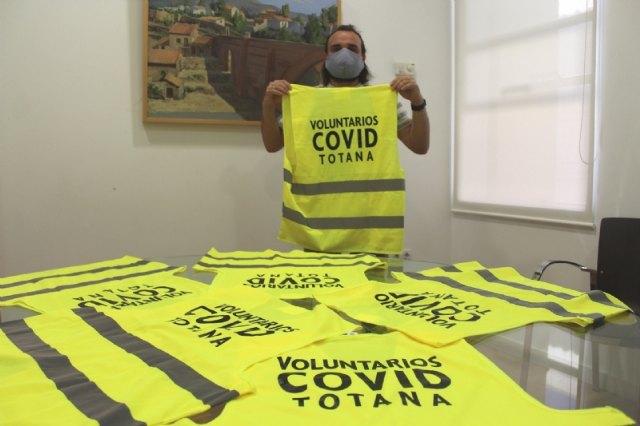 Un total de ocho empleados municipales refuerzan los trabajos de rastreo en ambos centros de salud para frenar los contagios por COVID-19, Foto 1