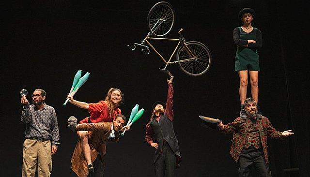 Circarte co-produce y estrena su primer espectáculo SILLY WORLD WALKERS Silly Circus Co - 1, Foto 1