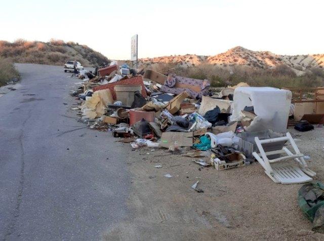 la suciedad urbana en Cieza es un grave problema endémico que es preciso combatir, según Podemos-Cieza - 1, Foto 1