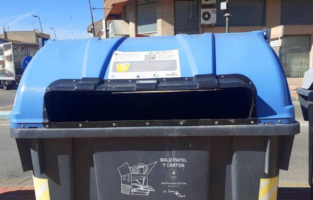 Vinilos informativos en los contenedores de Las Torres de Cotillas para facilitar el reciclaje - 1, Foto 1