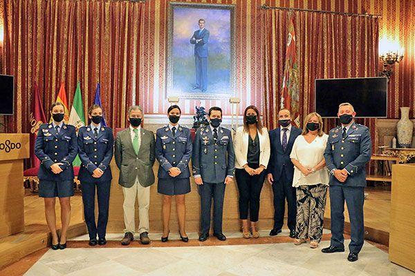 El Salón de Plenos del Ayuntamiento de Sevilla ha acogido una ponencia sobre la Vigilancia Espacial en el Ejército del Aire y el papel de la mujer - 1, Foto 1