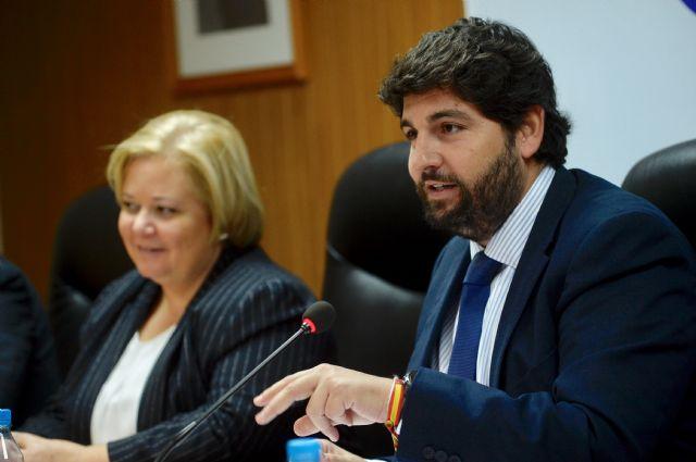 López Miras destaca el papel de COEC y el trabajo conjunto