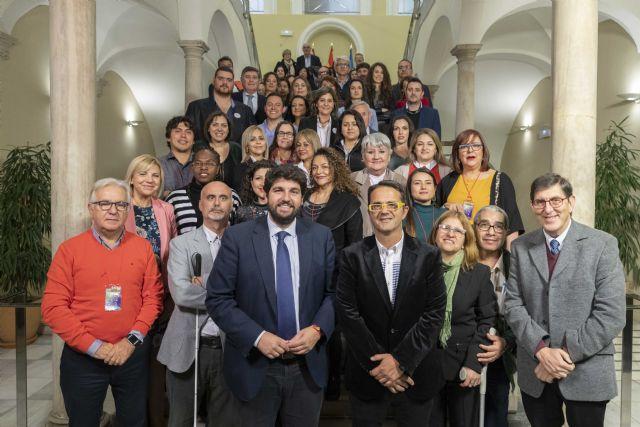 El presidente de la Comunidad recibe a los participantes del VII encuentro iberoamericano de enfermedades raras, huérfanas o poco frecuentes, Foto 1