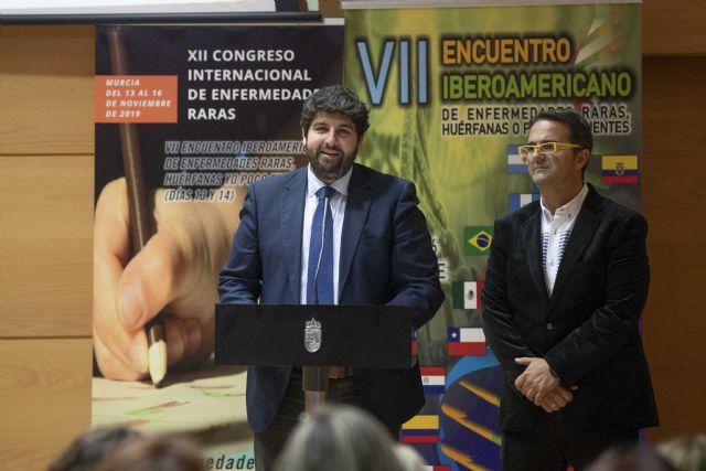 El presidente de la Comunidad recibe a los participantes del VII encuentro iberoamericano de enfermedades raras, huérfanas o poco frecuentes, Foto 2
