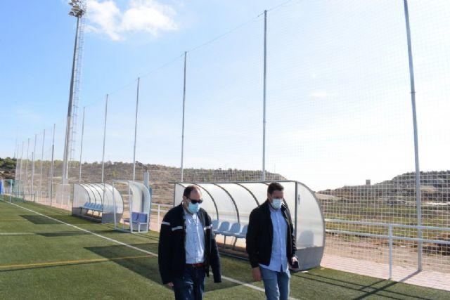 El Complejo Deportivo estrena una nueva red para uno de los campos de fútbol, Foto 1